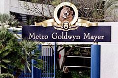 """Metro-Goldwyn-Mayer потребовала переименовать фильм """"В спорте только девушки"""""""