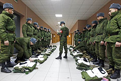 К 2020 году российская армия будет на две трети контрактной