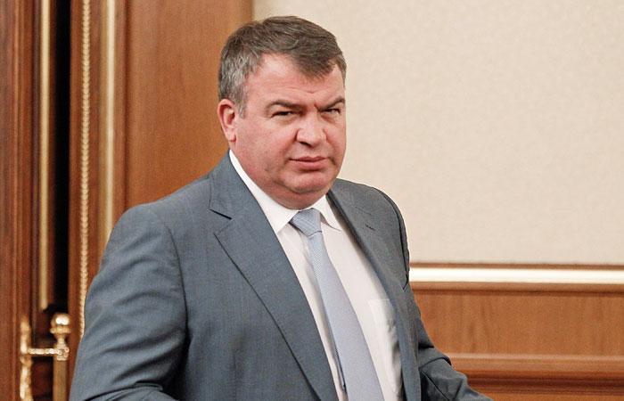 Дело Сердюкова передадут в прокуратуру до конца марта