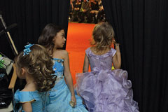 Тюменские депутаты предложили запретить детские конкурсы красоты
