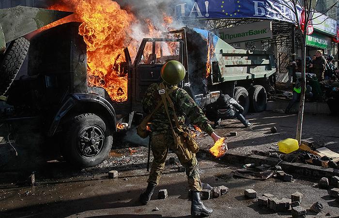 Тупик Незалежности: как мирный протест в Киеве перерос в массовые беспорядки