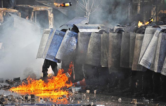 """Политолог Алексей Макаркин: """"Власть ответила так, как противники Януковича не рассчитывали"""""""