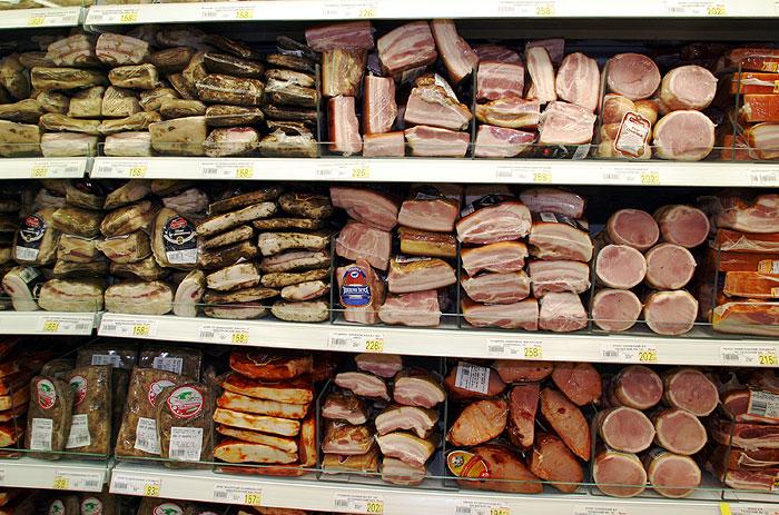 Украина приостанавливает поставку свинины в Россию