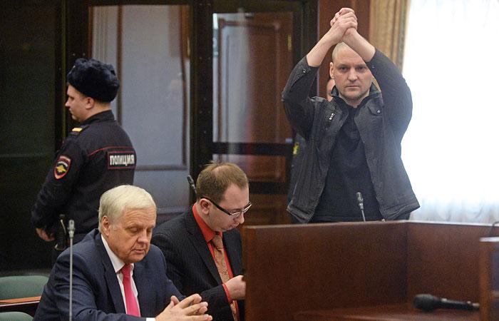 Полицейские не заметили Удальцова и Развозжаева на Болотной площади
