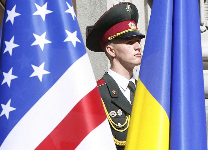 США пообещали предоставить Украине кредит в $1 млрд