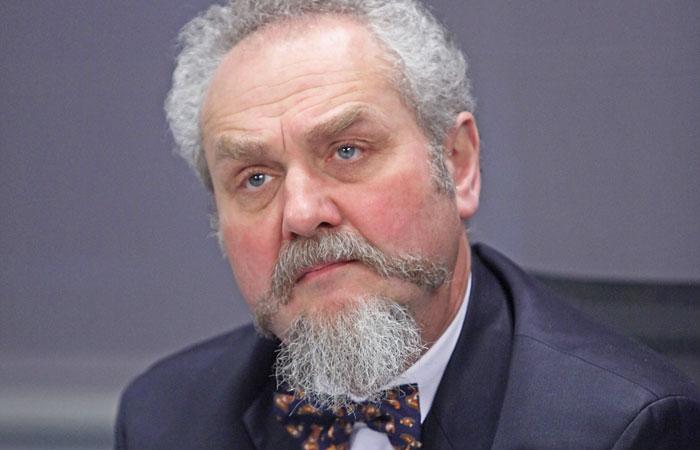 Ректор МГИМО опроверг информацию об увольнении профессора Зубова