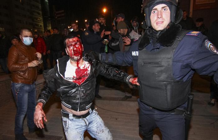 В ходе столкновений в Донецке погиб один человек