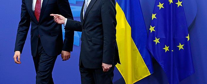 Совет ЕС утвердил санкции в отношении 21 чиновника из России и Украины