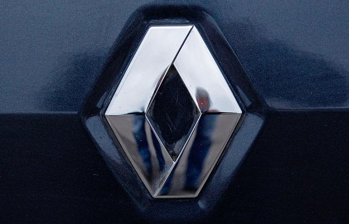 """Глава Renault в России Брюно Анселен: """"Резкое падение рубля поставит под угрозу многие проекты"""""""
