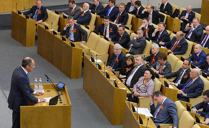 Дума ратифицировала договор о вхождении Крыма в состав России