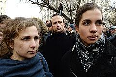 Мосгорсуд смягчил приговор участницам Pussy Riot на 1 месяц