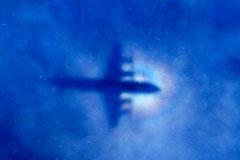 Пропавший Boeing 777 начали искать под водой