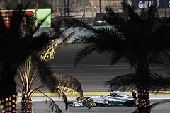 Хэмилтон выиграл Гран-при Бахрейна