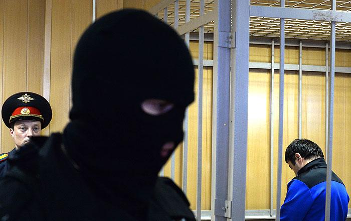 Расуловы не признали вины в нападении на полицейского на Матвеевском рынке