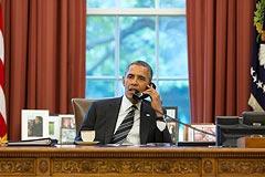 Обама в разговоре с Меркель призвал ввести новые санкции против РФ