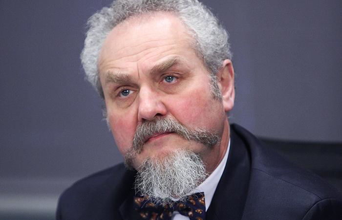 МГИМО отменил приказ об увольнении профессора Зубова