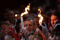 Пасху в Москве встретили около трехсот тысяч человек