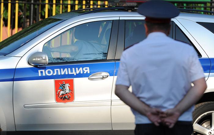 Вооруженный мужчина захватил заложников в Белгороде