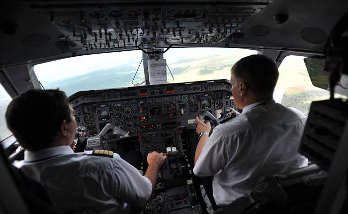 Российским авиакомпаниям придется доказывать необходимость найма иностранных летчиков