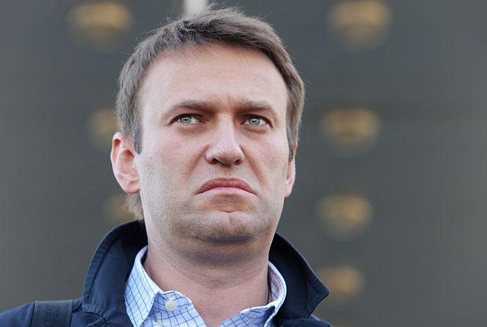 Навального обязали опровергнуть информацию о даче Неверова