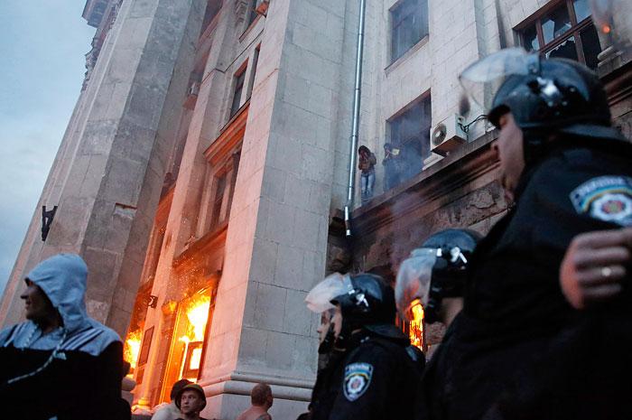 Милиционеров объявили соучастниками беспорядков в Одессе