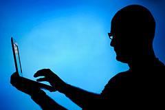 "Власти США пересмотрят проект ""двухуровневого интернета"""