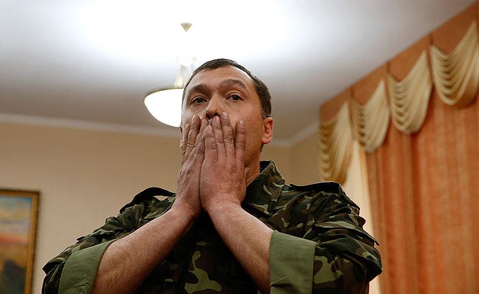"""""""Народный губернатор"""" Луганской области ранен в результате покушения"""