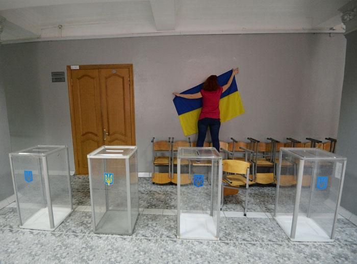 """На Украине объявлен """"день тишины"""" накануне выборов президента"""
