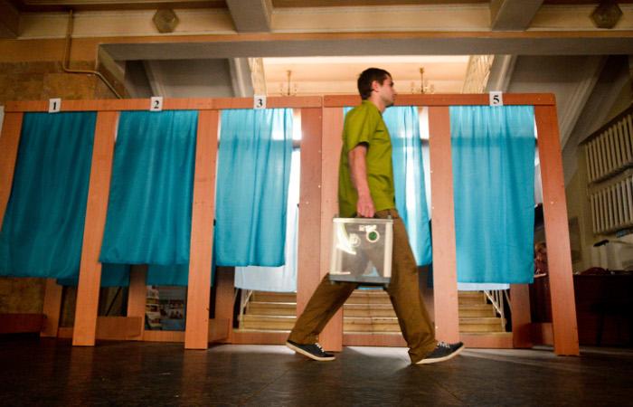 На Украине начались президентские выборы