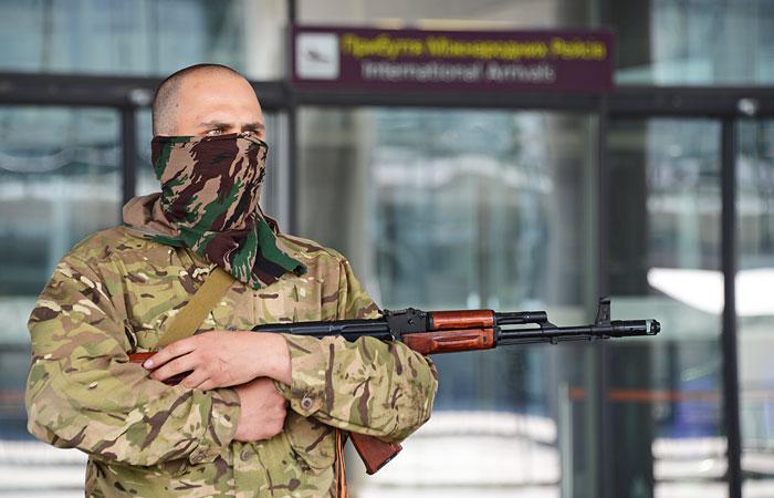 В районе аэропорта в Донецке начался бой