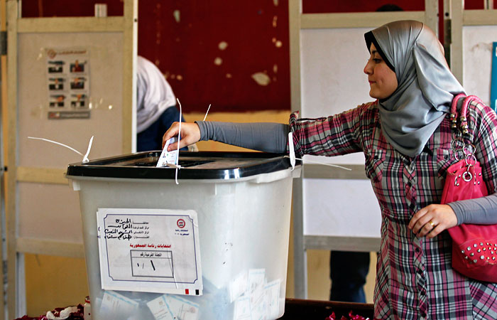 Президентские выборы в Египте продлили еще на день