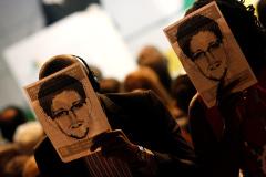 Сноуден признался в работе разведчиком под прикрытием