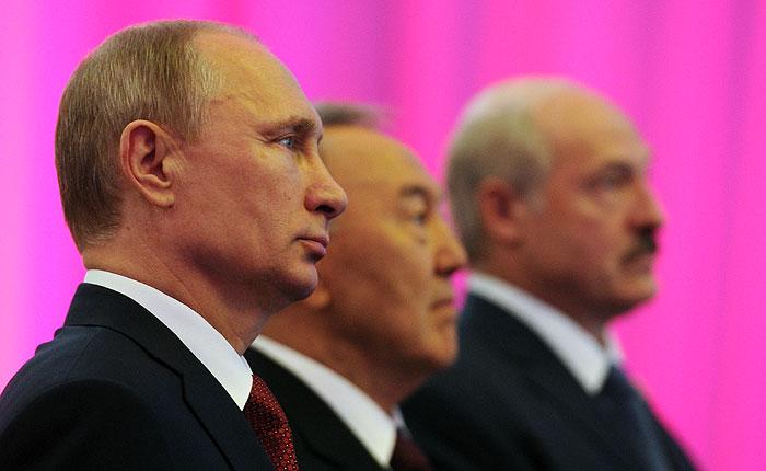 Президенты России, Белоруссии и Казахстана подписали договор о ЕАЭС