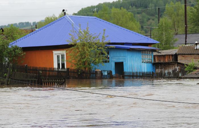 Выпускники из затопленных районов Алтайского края смогут сдать ЕГЭ