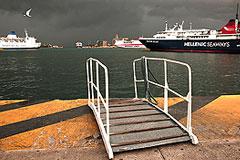 Греция собралась продать все крупные порты