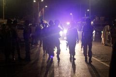 Террористы убили 11 человек в международном аэропорту Карачи