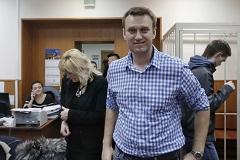 На Навального завели дело о краже картины