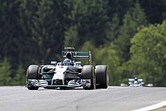 Росберг выиграл Гран-при Австрии