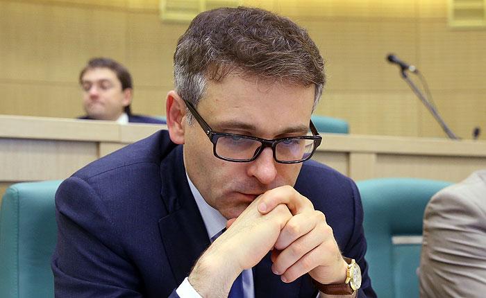 Совет Федерации лишил неприкосновенности сенатора Цыбко