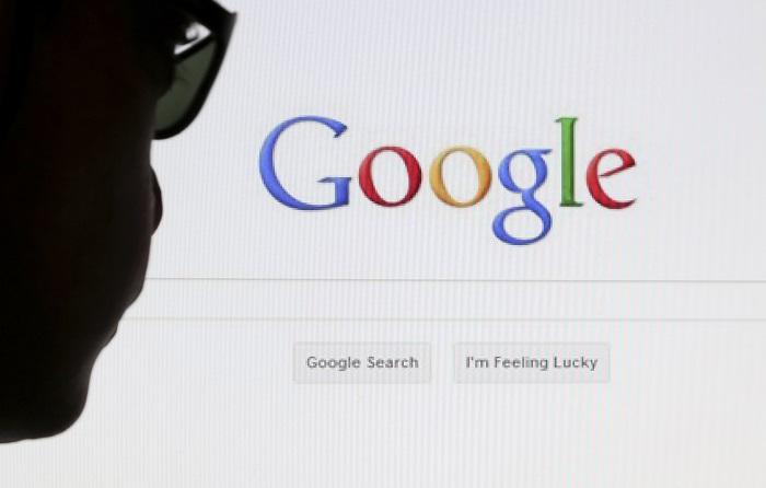 Google начал по требованию пользователей удалять ссылки из результатов поиска