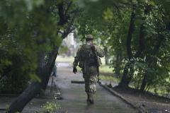 Освобожденных наблюдателей ОБСЕ привезли в Донецк