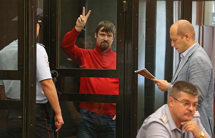 Прокуратура попросила для Удальцова и Развозжаева восемь лет колониии