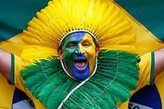 Разгром сборной Бразилии по футболу сулит стране экономический подъем
