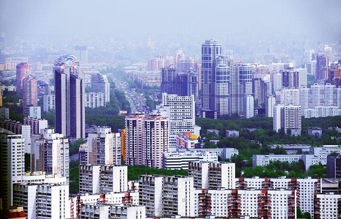 Москва стала дешевле для иностранцев из-за ослабления рубля