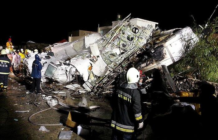 В разбившемся на Тайване самолете летели два француза