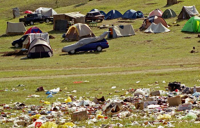 Байкал - мусора много, туристов мало