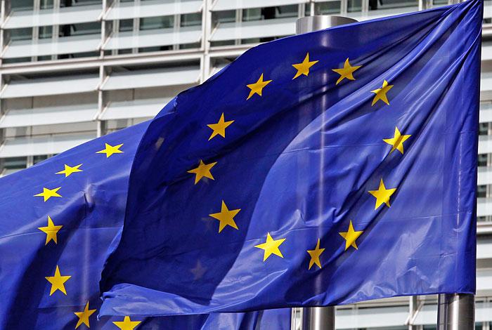 ЕС официально включил еще 15 человек и 18 компаний в список санкций по Украине