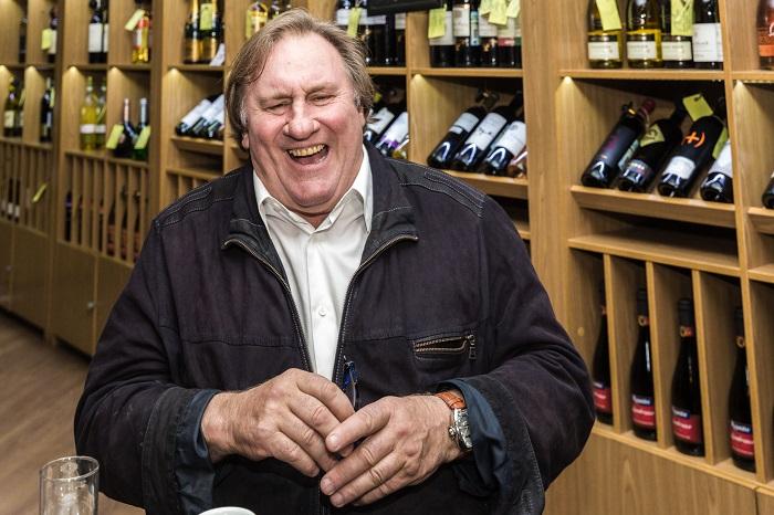 Депутат предложил сделать Жерара Депардье главным крымским виноделом