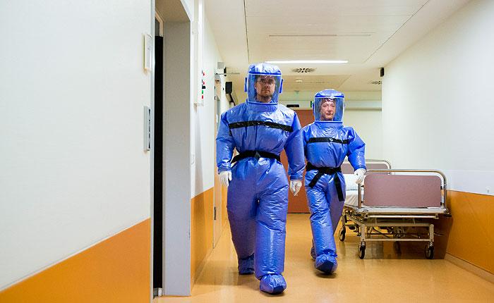 Либерия до конца недели получит экспериментальную сыворотку от Эболы