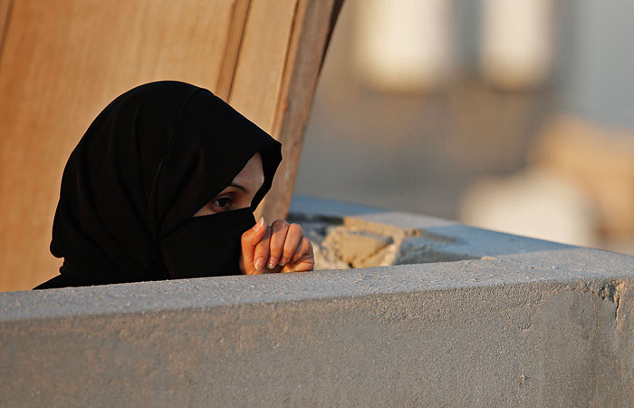 В Бельгии чиновник сорвал никаб с катарской принцессы